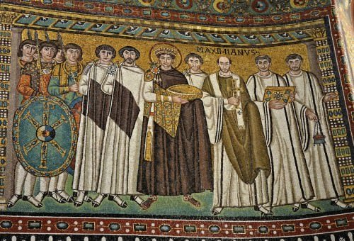Empreror Justiniano y su corte