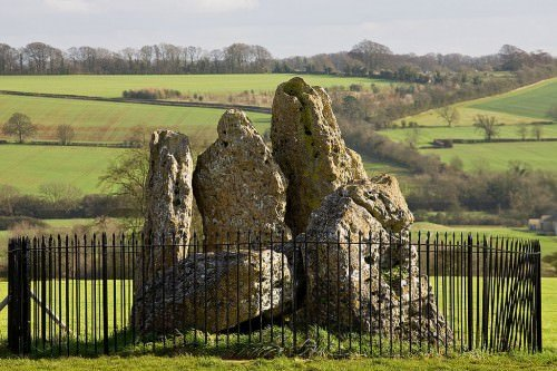 The Rollright Stones, Oxfordshire, England - Kinsmen ... |Rollright Stones Oxfordshire