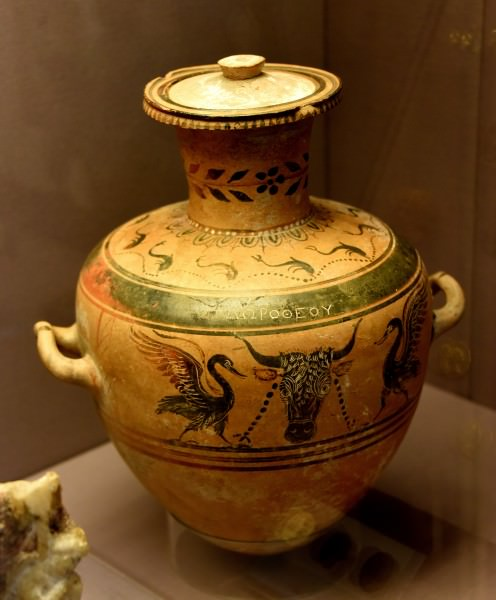 Hydria Decorated with Boukranion