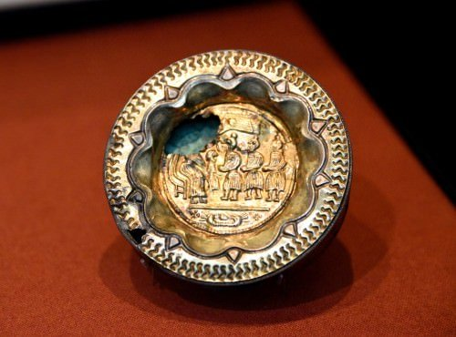 Box Brooch with a Christian Scene