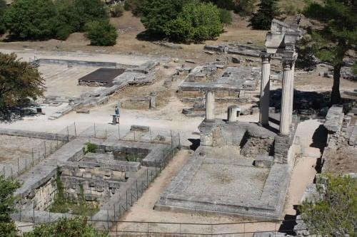 Templos imperiales gemelos, Glanum
