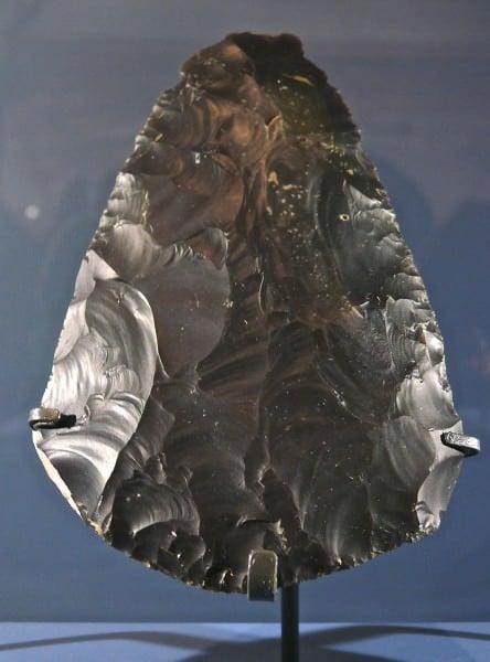 Machado de mão paleolítico médio