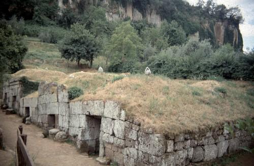 Etruscan Tombs, Volsinii
