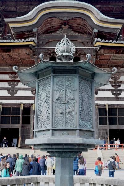 Bronze Lantern, Todaiji