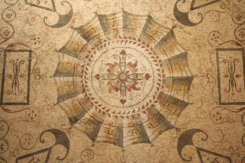 Mosaico Geométrico, Tarentum