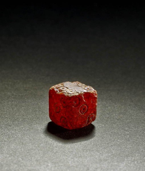 Dados romanos de âmbar