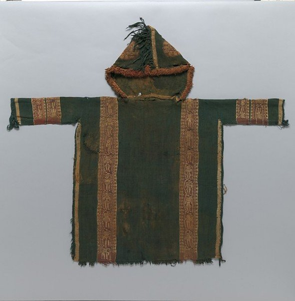 Túnica de niño bizantino con capucha