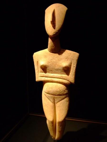 Estatuilla de las Cícladas c. 2400 a. C.