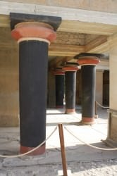 Labyrinth of Knossos ()