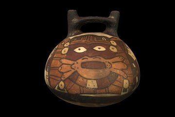 Nazca Vessel with Anthropomorphic Being