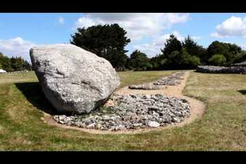 Visual Tour - Locmariaquer Megalithic Monuments, France